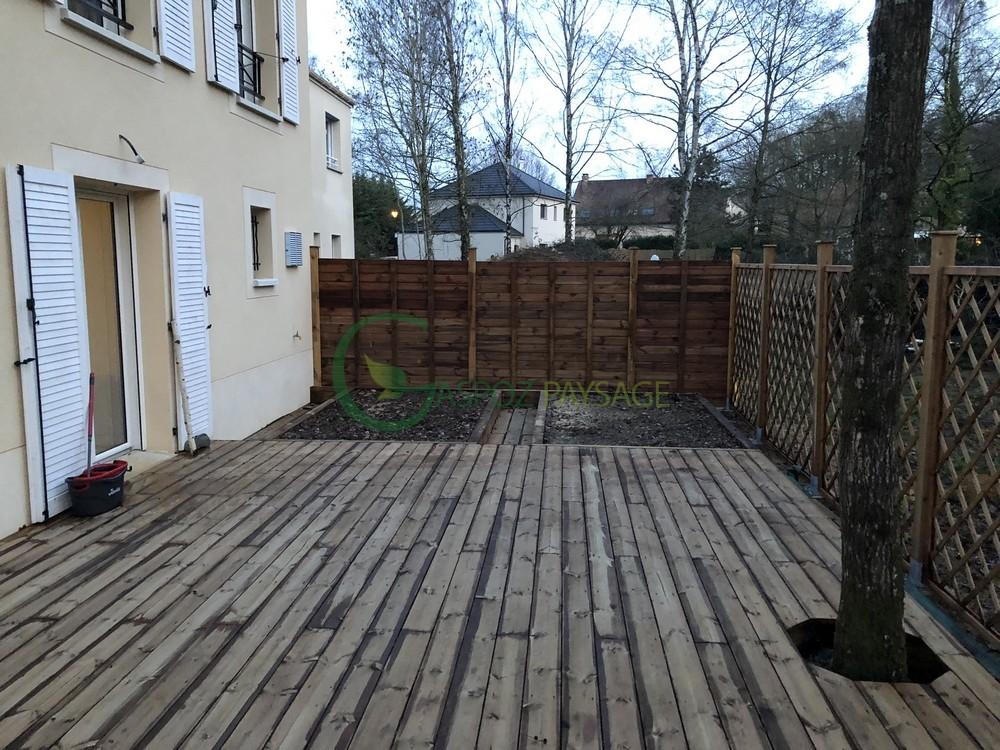 terrasse en pin - clôture bois - carré potager